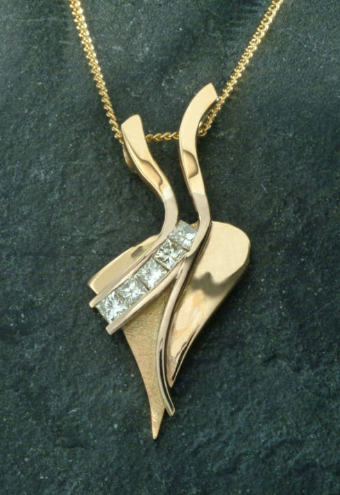 'Ribbons' Pendant