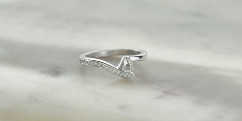 Love Vein Diamond Ring