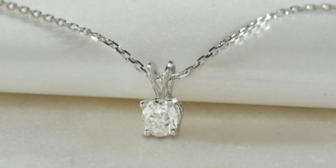 Platinum Mounted Diamond Pendant with Filed Trace Chain